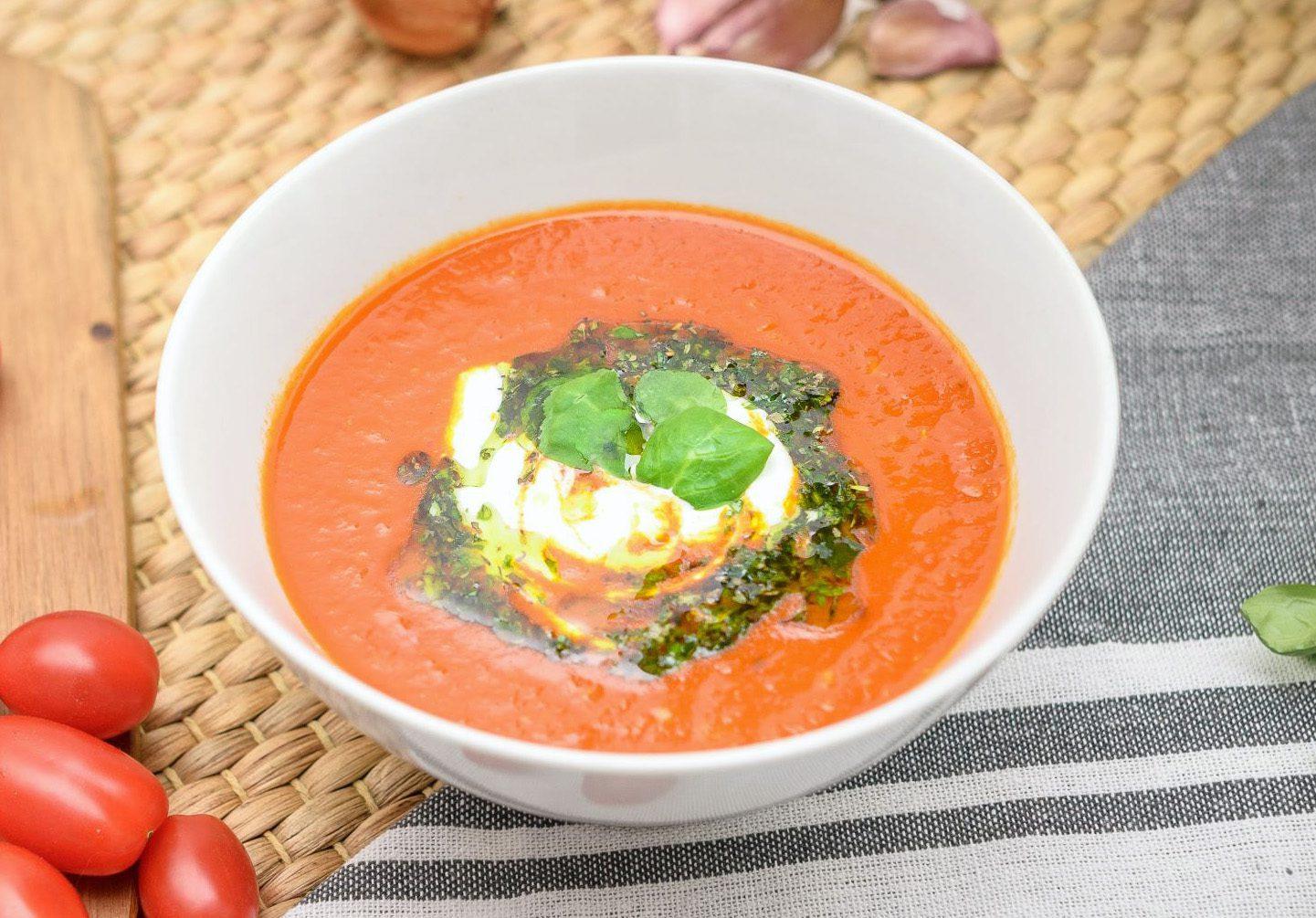 Krémová polievka zo cherry paradajok